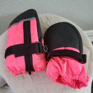 Other - Warm Baby Mittens